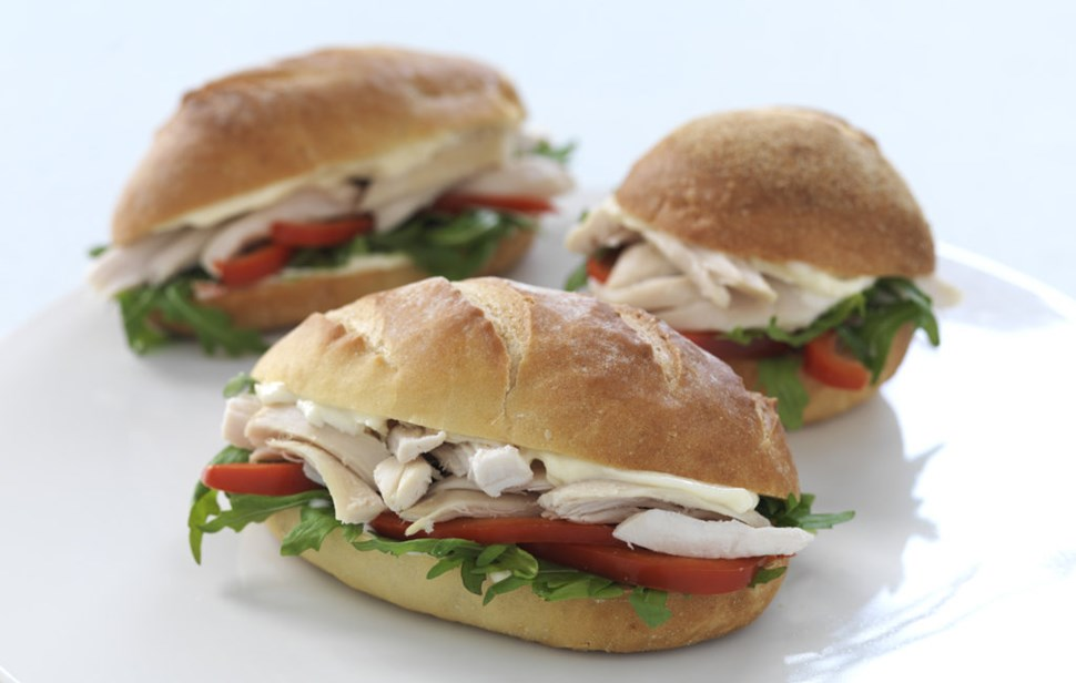 hot_cooked_chicken_filled_rolls-fileminimizer image