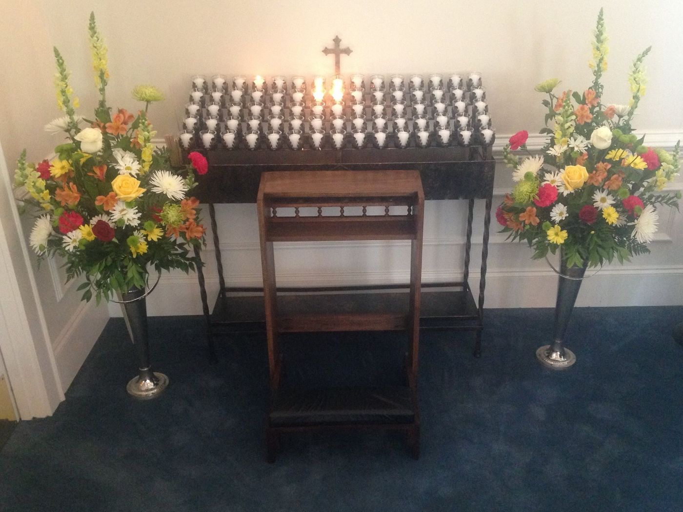 votive candle stand