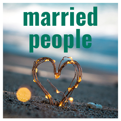a_marriedpeople_390