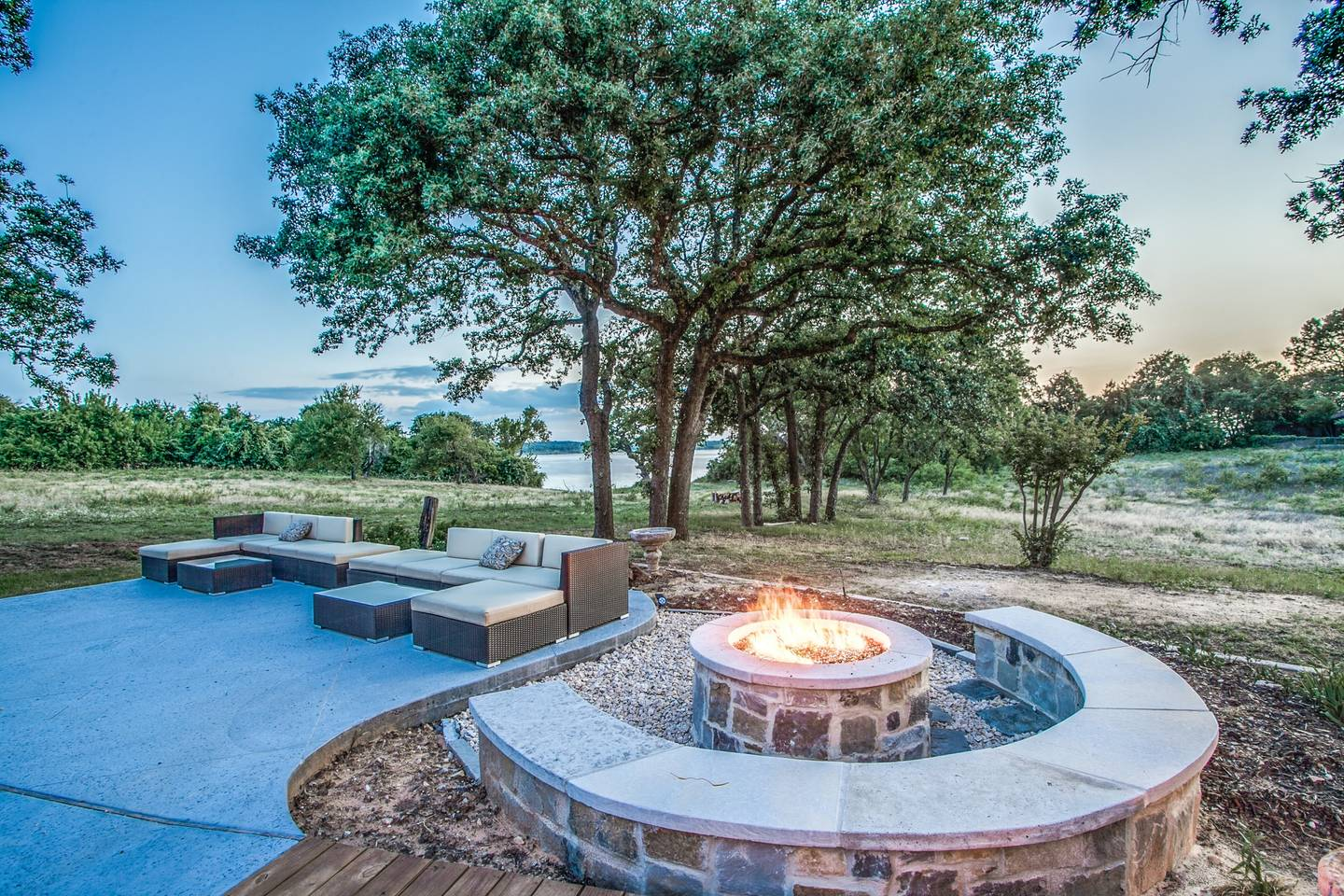 2019-03-21 - fire pit-dallas house