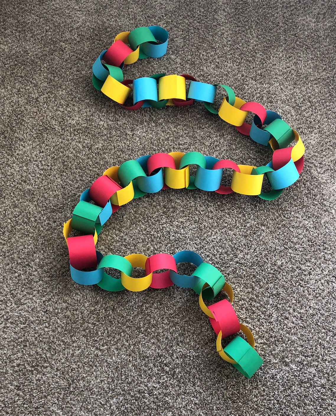 Moore Paper Chain