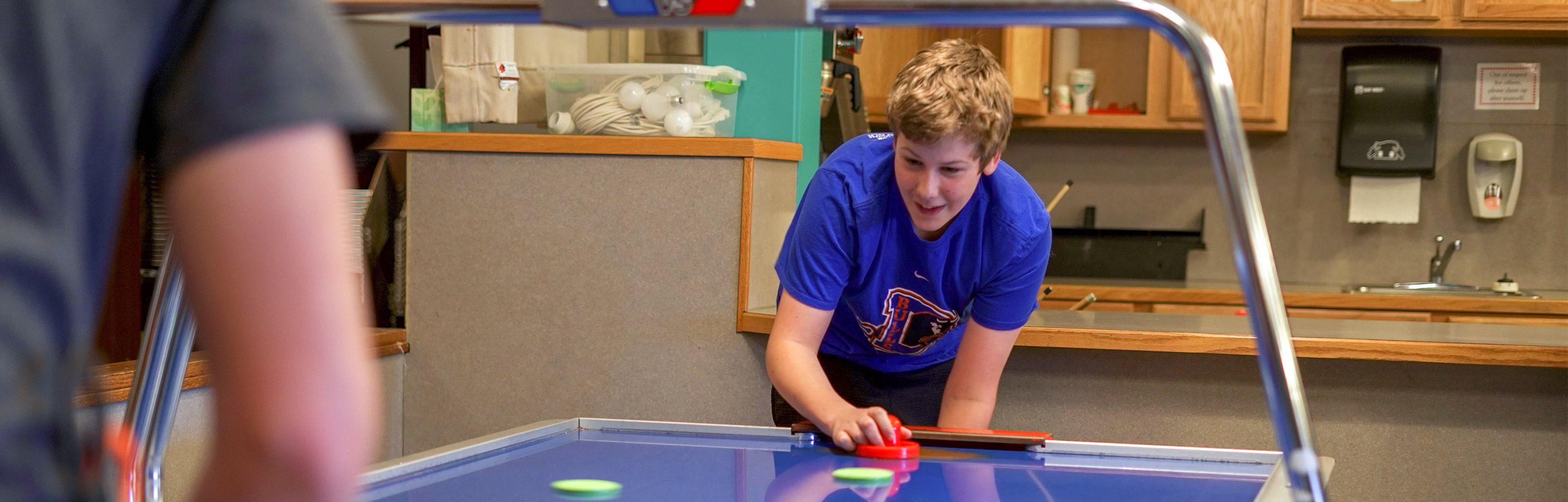 students air hockey