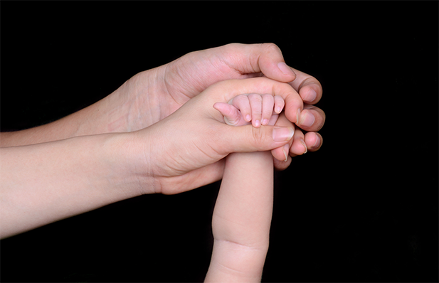 blog-multigenerational-hands