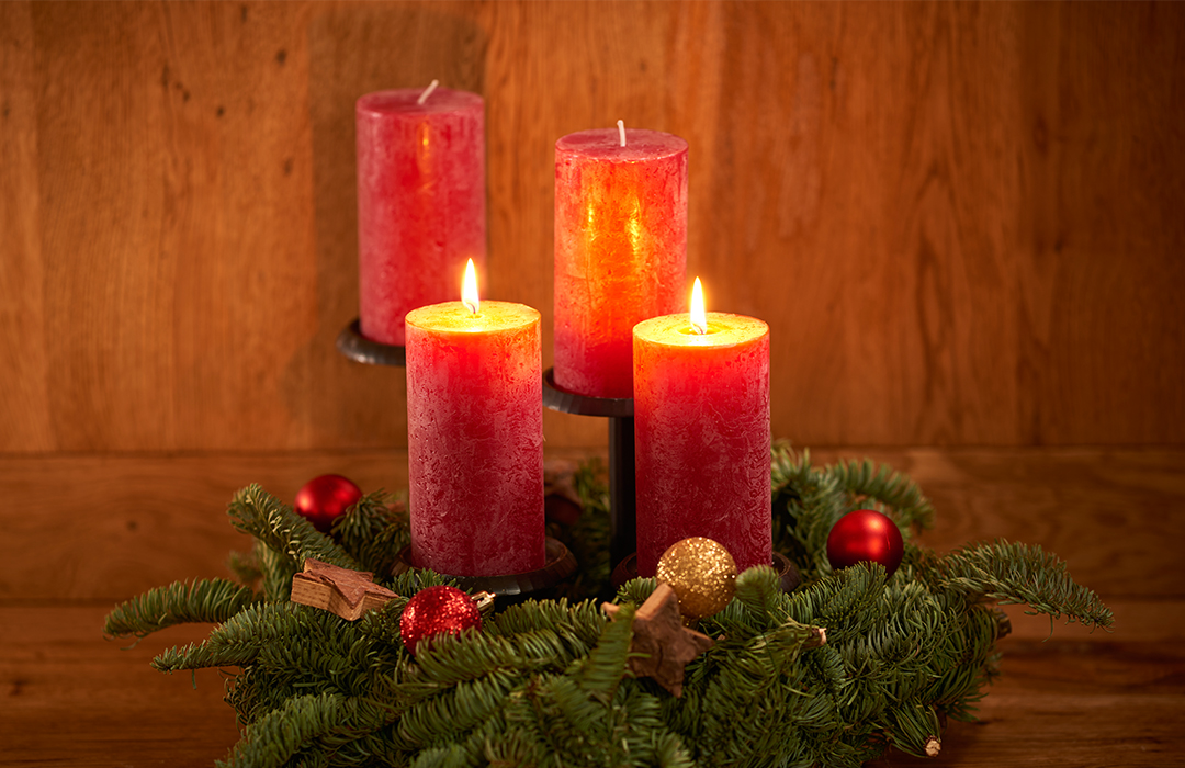 2Advent_Featured_FRM9014