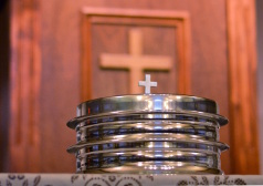 Cross and Communion Plate - Thumbnail