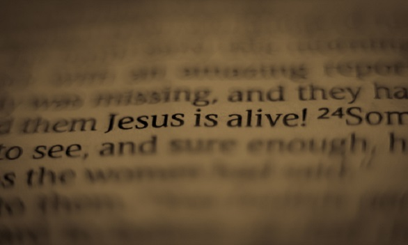 Jesus is Alive 586 x 352
